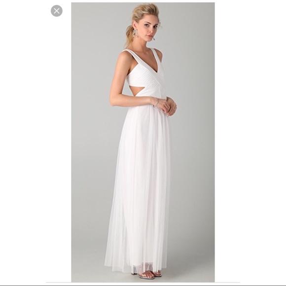 BCBGMaxAzria Dresses | Euc Bcbg Mara White Tulle Prom Formal Dress ...